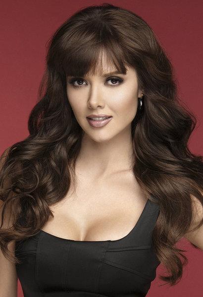 Telenovela Star Marlene Favela Signs Exclusive Contract with Telemundo ...